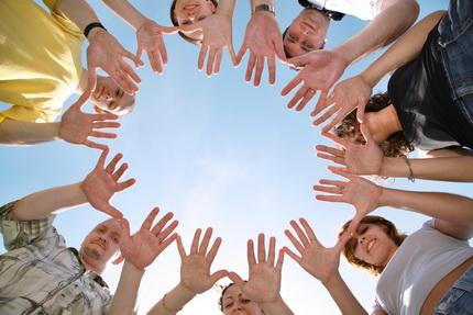 peolple hands circle